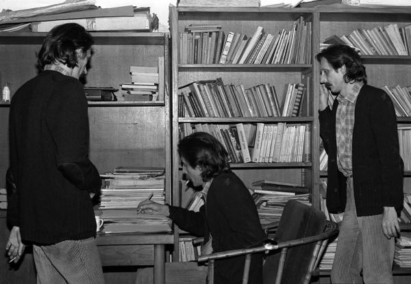 Conversation with Freud, 1982. Credits: Mladen Stilinović